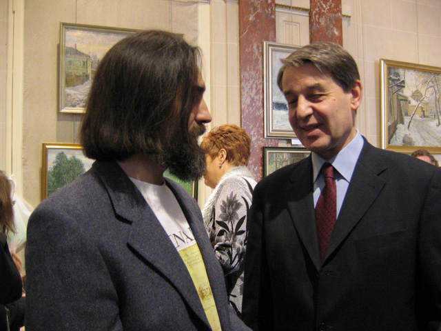 artist Victor Loukianov and  Ambassador of Russia in Paris Alexander Avdeev. RCC, Paris, 2005
